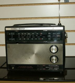 CHANNEL MASTER 4 BAND PORTABLE RADIO, MODEL 6253. AM FM POLICE HI & LO