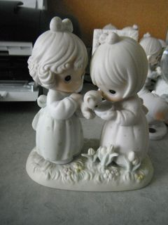 PRECIOUS MOMENTS FIGURINE IM SO GLAD GOD BLESSED ME WITH A FRIEND LIKE