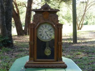 Antique Beautiful Ingraham Clock Co. 8 day shelf, mantel, key wind