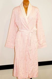 victoria secret pink robe in Sleepwear & Robes