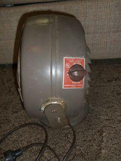 Vornado Style Montgomery Ward Fan Heater Cooling Vintage Desk Floor