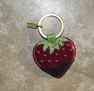 COACH Chocolate Dipped Strawberry Patent Leather Key Ring Fob Purse