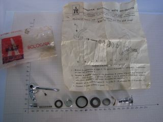 Fiat 850 Coupe RIGHT VENT WINDOW LATCH CHROME NOS NEW # 547