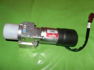 05 11 MERCEDES BENZ ML320 ML350 ML500 ML55 LIFT GATE HYDRAULIC PUMP