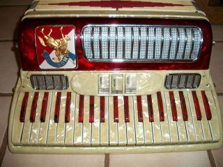 RARE VINTAGE NOBLE NOBILITY ITALY PIANO ACCORDION CONCERTINA CASE