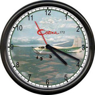 172 Green Aircraft Pilot Airplane Personal Aircraft Sign Wall Clock