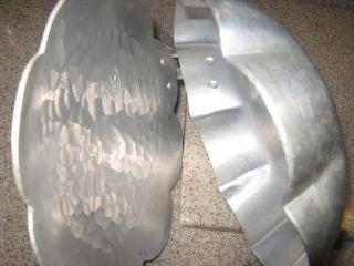 Vintage Everlast Forged Aluminum Rose Silent Butler