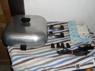 OUT: VINTAGE SUNBEAM ELECTRIC SKILLET/ MULTI COOKER FRYPAN # RLB 6T