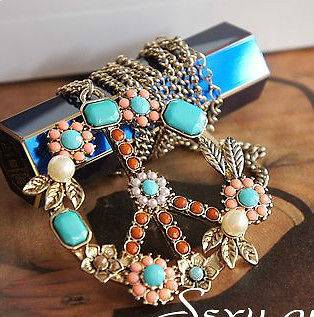 Coral Retro Peace Lady GaGa Unusual Gift Christmas kitsch Necklace