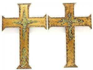 WOODEN CROSS.WALL HANGING. ANTIQUE GOLD COLOUR.COLLECTABLE.GIFT IDEA