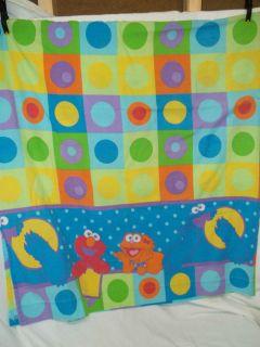 Sesame Street Twin Size Flat Sheet (Cookie Monster, Elmo & Zoe)