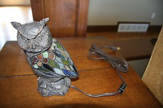Collectibles Tiffany Style Hand made Stained Glass OWL Accent Lamp