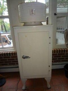 GE Monitor Top Refrigerator Vintage ORIGINAL antique Rare Ice Trays CK