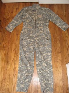 camouflage suits in Clothing, Shoes & Accessories