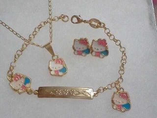 18Kt Gold gf GIRLS PINK SMALL HELLO KITTY EARRINGS NECKLACE Bracelet