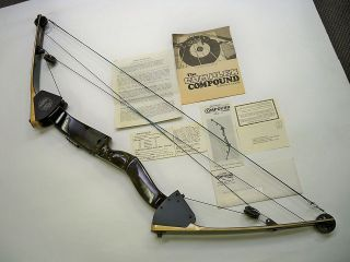 Jenning Compound Bow, bow of the future Oct 1971 Near Mint Conditions