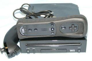 Nintendo Wii Black Console NTSC Game System Nunchuks Bundle Very Good