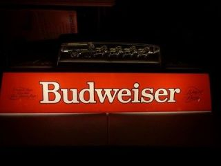 VINTAGE BUDWEISER CLYDESDALES POOL TABLE LIGHT