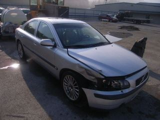 2002 volvo s60 in Car & Truck Parts