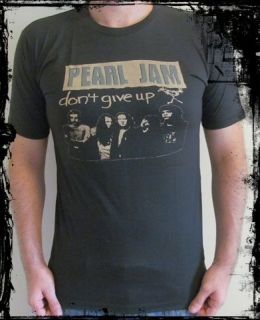 PEARL JAM   Vintage Rock T Shirt   Jeremy