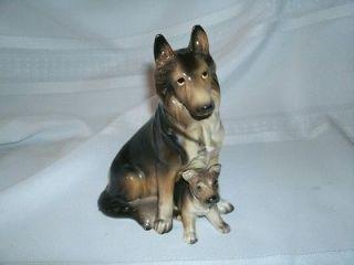 VINTAGE HAND PAINTED DOG FIGURE   GERMAN SHEPHERD AND PUP #H2175