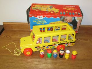 VTG Fisher Price Little People School Bus 6 Figures 192 Dog Mommy