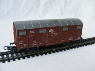 1970S LIMA/HORNBY BRITISH RAILWAYS ENGLAND OO GOODS VAN BRAKE VAN ?