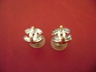 Chanel vintage CC logos mirrer very simple pierced earrings