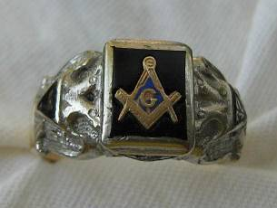 masonic rings gold in Collectibles