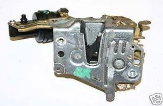 MERCEDES C280 C36 W202 OEM RIGHT PASSENGER SIDE REAR DOOR LATCH LOCK