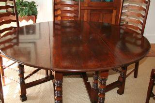 60 Round Antique Style English Oak Gateleg Dining Table