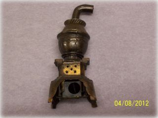 VINTAGE ANTIQUE POT BELLY STOVE MINIATURE PENCIL SHARPENER