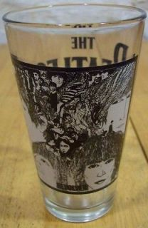 VINTAGE STYLE THE BEATLES REVOLVER Album Cover PINT DRINKING GLASS CUP