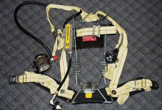 Refurbished Scott 2.2 SCBA Wireframe Firefighter Air Pack Pak Airpak