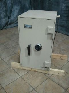 Diebold Safe in Business & Industrial
