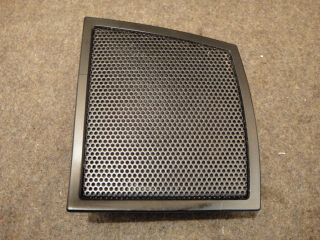 90 YAMAHA XVZ1300 XVZ 1300 XVZ13 VENTURE SPEAKER COVER GRILL RIGHT #13