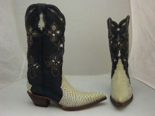 LADIES COWBOY BOOT   HAND MADE   CROSS
