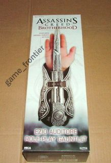 ASSASSINS CREED EZIO AUDITORE ROLE PLAY HIDDEN BLADE GAUNTLET ASSASSIN