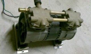 Thomas Compressor 2639 Model Vacuum / Compressor