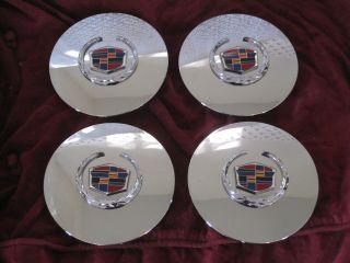01 DEVILLE CENTER CAP (Fits 2001 Cadillac DeVille DHS)