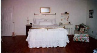 antique iron bed white full size double. Black Bedroom Furniture Sets. Home Design Ideas