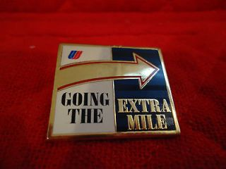 *** EUC United Airlines Going the Extra Mile Arrow Pin w/ Tulip Logo