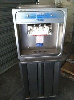 Taylor 168 Soft Serve Ice Cream Frozen Yogurt Machine Single Phase Air