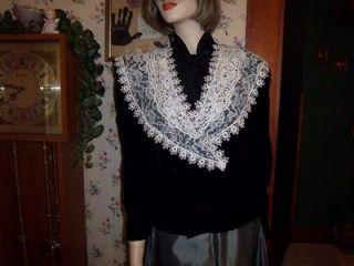 Vtg 80s Black Velvet Victorian Steampunk Jacket lace collar size S