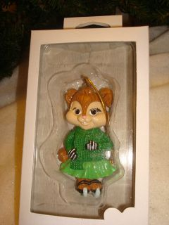 Alvin & Chipmunks Chipette Eleanor On Ice Skates Polyresin Santas