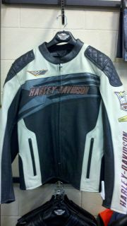 Genuine Harley Davidson Sprocket Leather Jacket Black 97117 12VM
