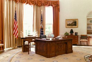 Newly listed WHITE HOUSE HMS RESOLUTE OVAL OFFICE REPLICA PRESIDENT