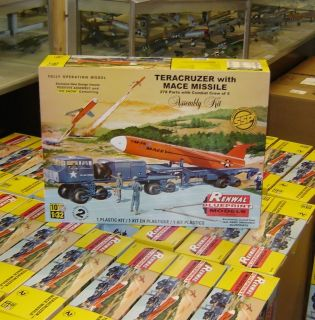 Revell Model Kit 7812 1/32 Teracruzer w/Missile (Renwal) SSP FS IN