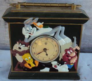 warner brothers looney tunes clock  59 00  warner