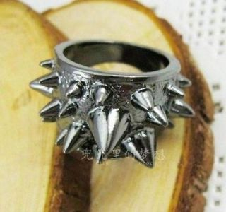 F153 New Retro Goth/Punk Antique Gun Black Rivet Pike Finger Ring Sz 7